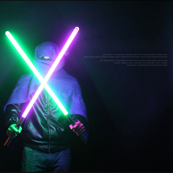 sabre laser violet et bleu