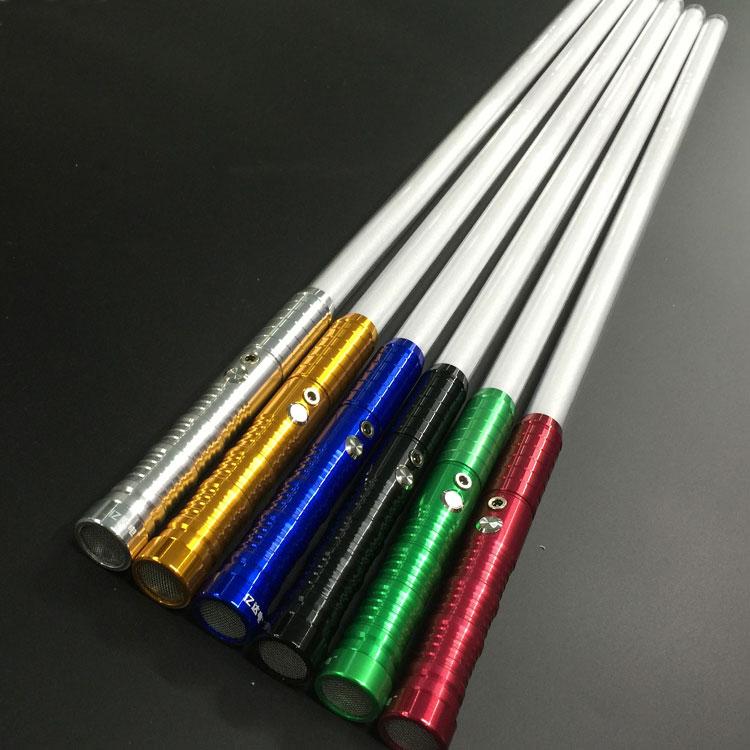 espada láser en blanco