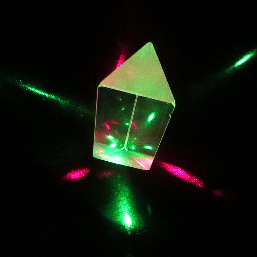 Equilateral three prism Glass>