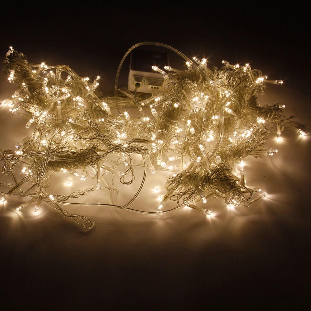 3M x 3 M 300-LED Luz blanca cálida Romántica Boda navideña Decoración para exteriores Cortina Cadena Luz (110 V) Enchufe estándar de la UE
