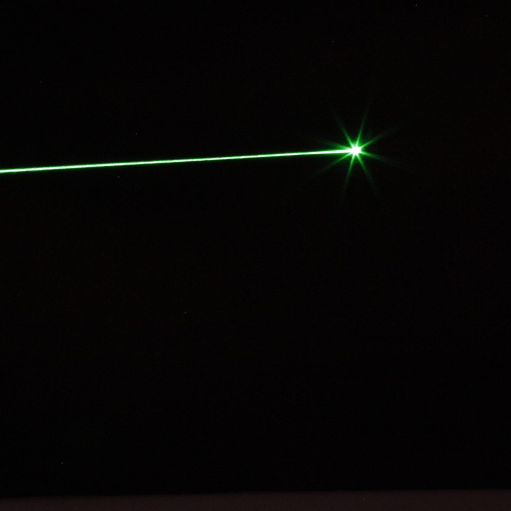 50mW 532nm Green Light Clip Laser Pointer Pen Silver
